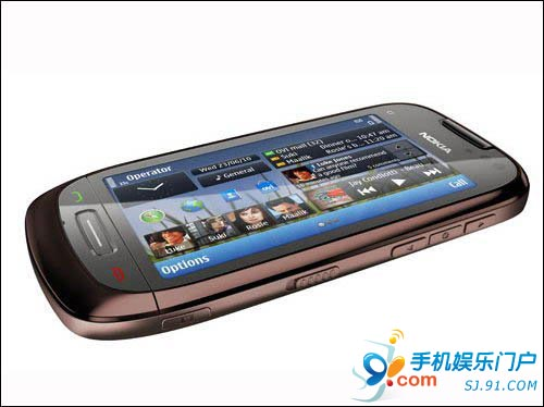 诺基亚C7中国全球首发 售价近4K(行货)