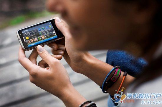 诺基亚Symbian^3平台新机C6-01上市